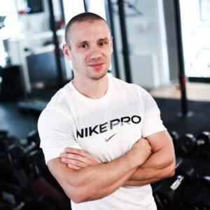 Waldemar Grzesiak trener personalny FitNow